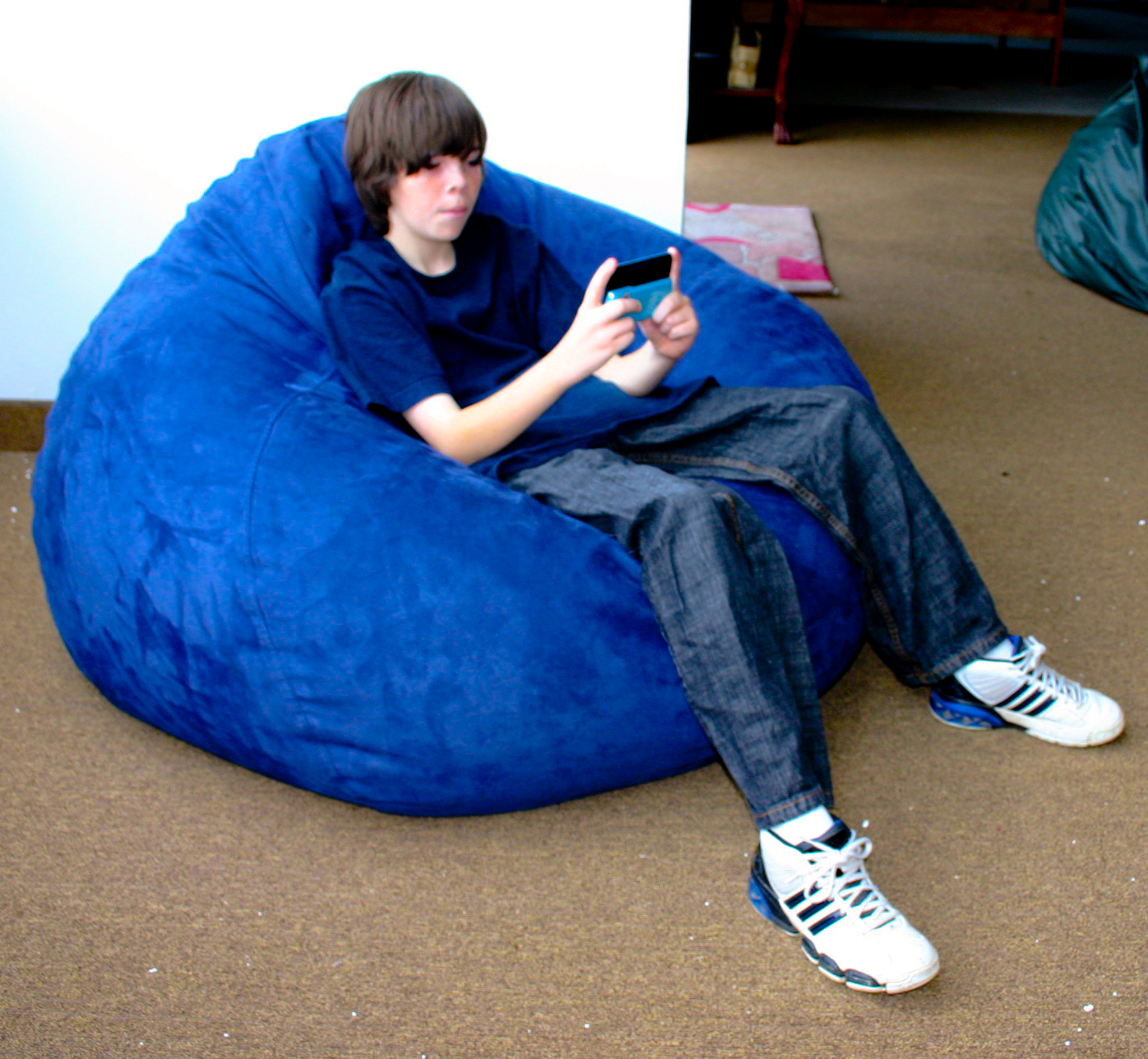 Sink Into Our Jumbo Size Bean Bagz Chair Makes A Great Gamer That Supports The Head And Neck For Playing Video Games Or Watching Tv